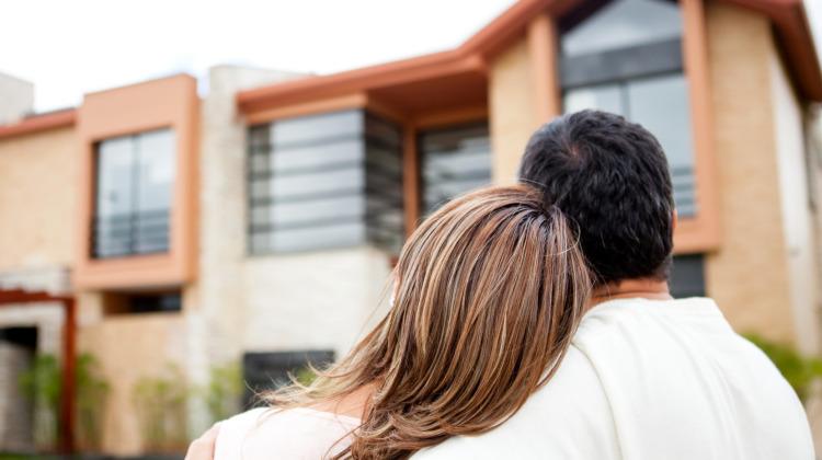 Sewa rumah bagi pasangan baru