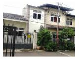 Dijual Rumah 305 m2 di Tebet, Jakarta Selatan - SHM - Lokasi Strategis