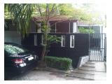 Di jual rumah di Bintaro sektor4