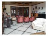 Rumah 3 lantai bagus SiapHuni KawasanElit TebetBarat jalan 3 mobil BebasBanjir