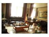 Dijual rumah mewah di Patra Kuningan Jakarta Selatan.