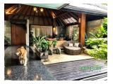 Dijual Rumah Mewah dengan Nuansa Joglo Tropical di Patra Kuningan, Jakarta Selatan