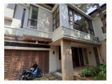 Dijual rumah siap huni di dalam townhouse. Jalan Kenanga-Jakarta Selatan