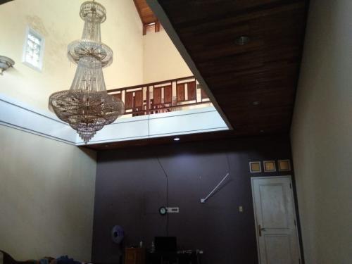 Jual Cepat Rumah Mewah di Pekanbaru Riau - 2 Lantai - 4+1 ...