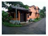 Dijual Rumah Hoek, luas, diarea Beji, Depok utara.. Dekat Jl Raya Sawangan. Hubungi 0813-1838-1838