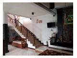 Dijual Rumah Jakarta Selatan banyak kamar cocok untuk kost an