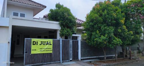 Jual Rumah Tanjung Barat Indah Murah Butuh Uang Pemilik Langsung