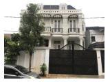 Jual Rumah Mewah di Menteng, Jakarta Pusat - 4 Lantai Ada Basement, 11 Kamar Tidur