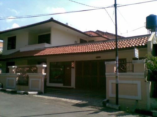 Rumah Taman Aries Dijual